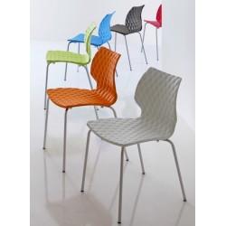 Chaises design UNI par METALMOBIL