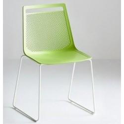 Chaise design en plastique AKAMI.