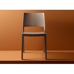 Chaise moderne perforé Emi par Scab