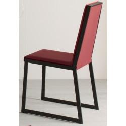 Chaise METRIC rouge par Compar.