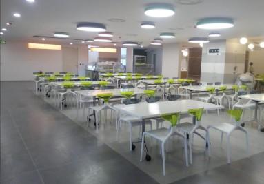 Chaises design de restaurant en plastique par Green